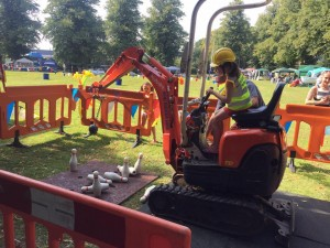 10 mini digger parties