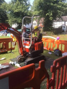 16 mini digger parties