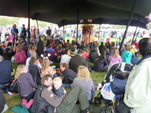 Mrs Back to F. in Hyde Park with Punch & Judy for the Queens Jubilee